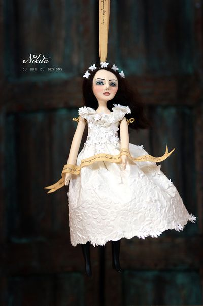 Art_doll_ornament3