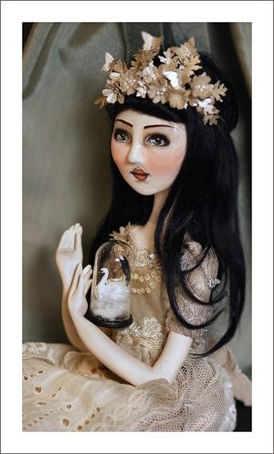 Art_doll_and_dome